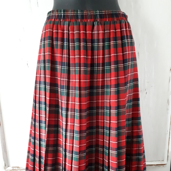 Carroll Reed Dresses & Skirts - Carroll Reed Collections Red Tartan Skirt Large